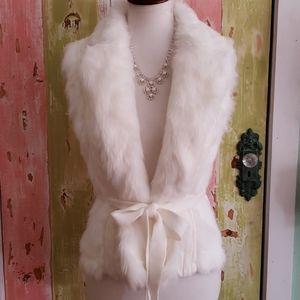 White Faux fur sweater vest medium